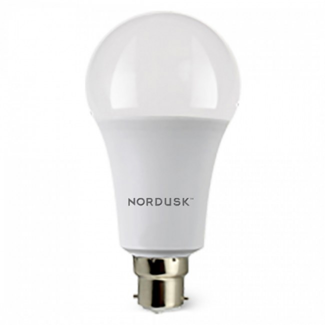 Nordusk 9-Watt LED Bulb